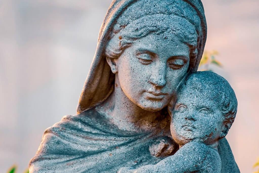 heiligenfiguren aus beton